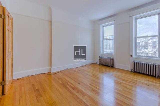 3 Bedrooms, Sunset Park Rental in NYC for $2,450 - Photo 2