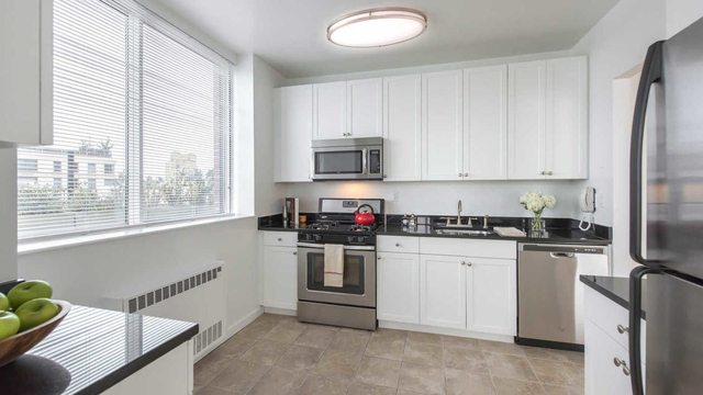 1 Bedroom, Lincoln Square Rental in NYC for $3,628 - Photo 1