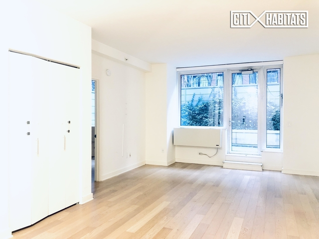 2 Bedrooms, Chelsea Rental in NYC for $7,595 - Photo 1