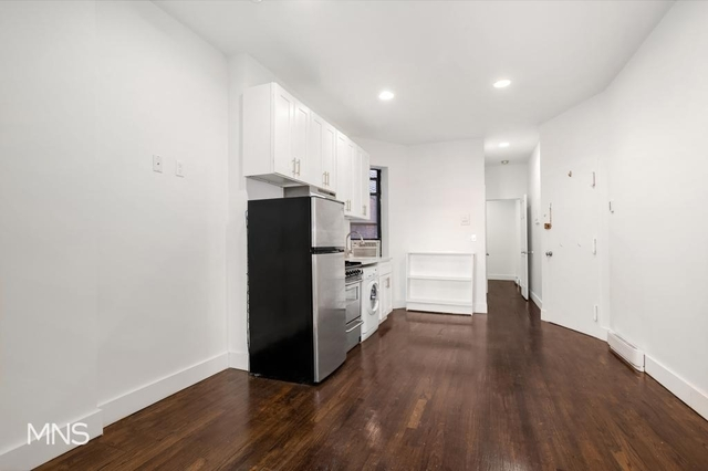 2 Bedrooms, Hell's Kitchen Rental in NYC for $3,375 - Photo 1