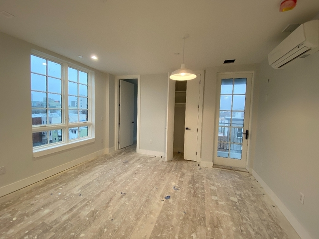 2 Bedrooms, East Williamsburg Rental in NYC for $3,482 - Photo 2