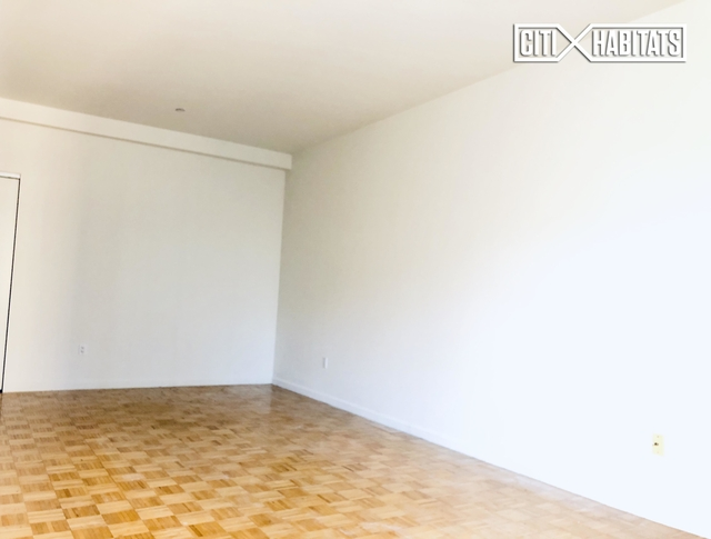 Studio, Financial District Rental in NYC for $4,500 - Photo 2