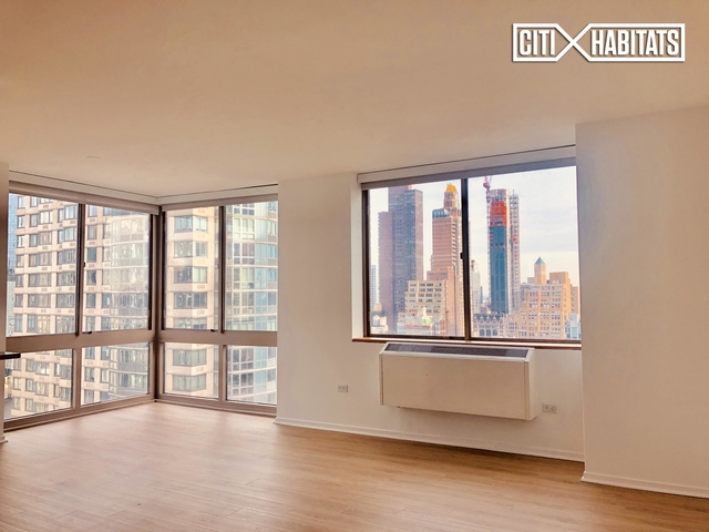 2 Bedrooms, Chelsea Rental in NYC for $6,874 - Photo 1