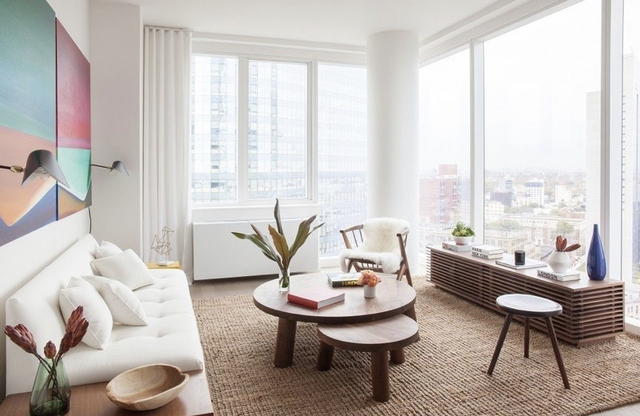 2 Bedrooms, Long Island City Rental in NYC for $4,209 - Photo 1