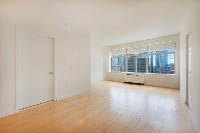 Studio, Financial District Rental in NYC for $3,450 - Photo 2