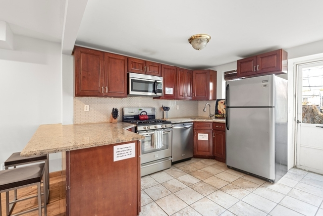 3 Bedrooms, Ocean Hill Rental in NYC for $3,300 - Photo 2