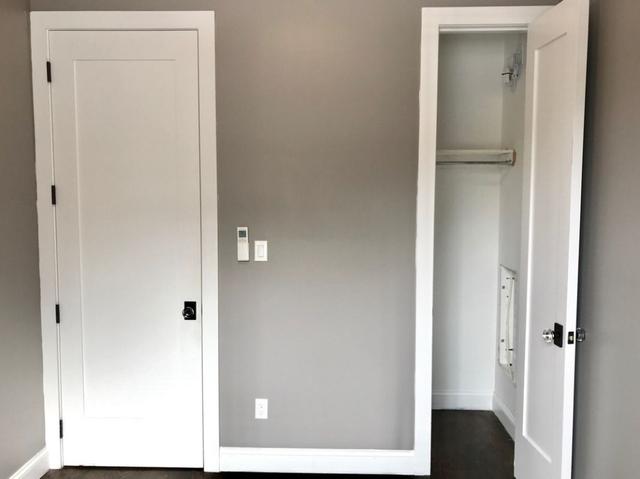 2 Bedrooms, Ridgewood Rental in NYC for $2,500 - Photo 2