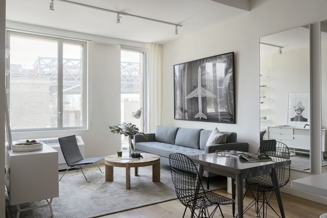 1 Bedroom, Williamsburg Rental in NYC for $3,976 - Photo 2