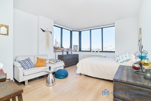 Studio, Yorkville Rental in NYC for $2,800 - Photo 2
