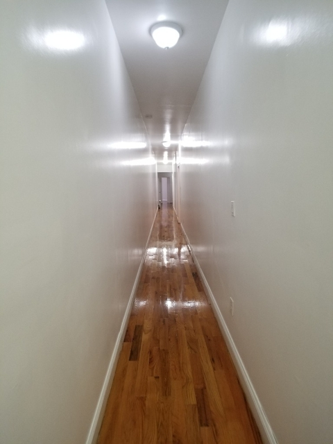 6 Bedrooms, Washington Heights Rental in NYC for $4,200 - Photo 2