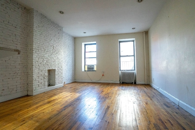 4 Bedrooms, Hell's Kitchen Rental in NYC for $5,650 - Photo 2