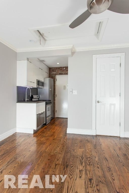 1 Bedroom, West Village Rental in NYC for $3,205 - Photo 2