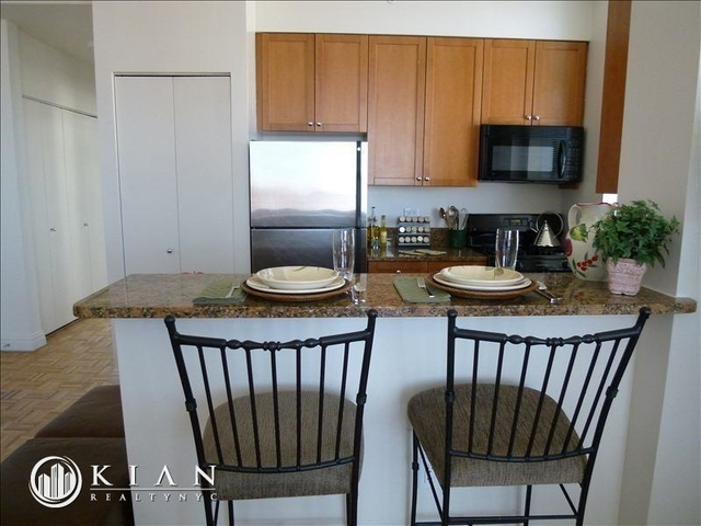 2 Bedrooms, East Harlem Rental in NYC for $6,400 - Photo 2