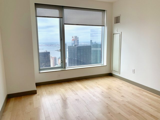 1 Bedroom, Financial District Rental in NYC for $5,123 - Photo 2
