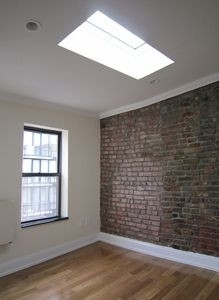 2 Bedrooms, Alphabet City Rental in NYC for $4,295 - Photo 2
