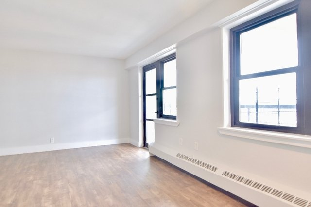 Studio, Washington Heights Rental in NYC for $1,925 - Photo 2