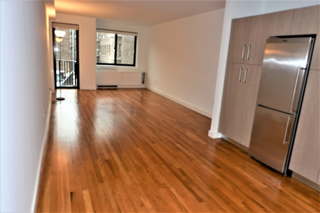 1 Bedroom, Chelsea Rental in NYC for $5,206 - Photo 2