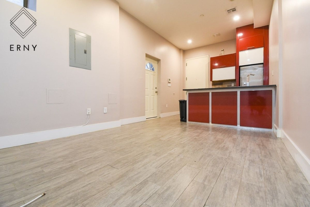 3 Bedrooms, Crown Heights Rental in NYC for $2,653 - Photo 1