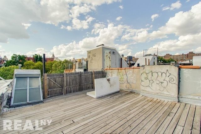 3 Bedrooms, Alphabet City Rental in NYC for $5,862 - Photo 2