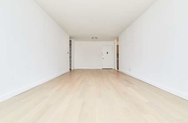 1 Bedroom, Yorkville Rental in NYC for $4,199 - Photo 2