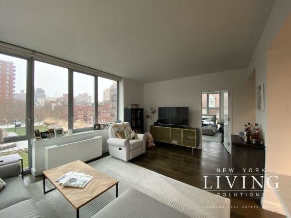 2 Bedrooms, Manhattan Valley Rental in NYC for $5,827 - Photo 2