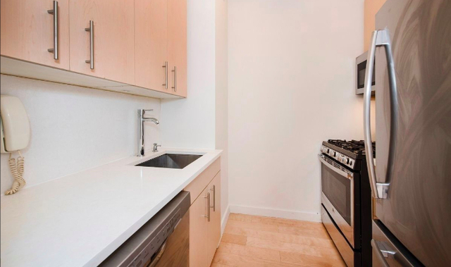 Studio, Financial District Rental in NYC for $3,688 - Photo 2