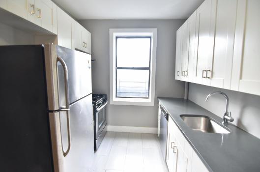 2 Bedrooms, Kingsbridge Rental in NYC for $2,450 - Photo 1