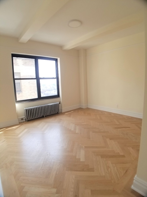 Studio, East Village Rental in NYC for $4,150 - Photo 2
