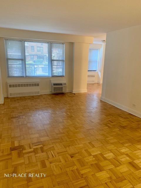 1 Bedroom, Rego Park Rental in NYC for $2,275 - Photo 2