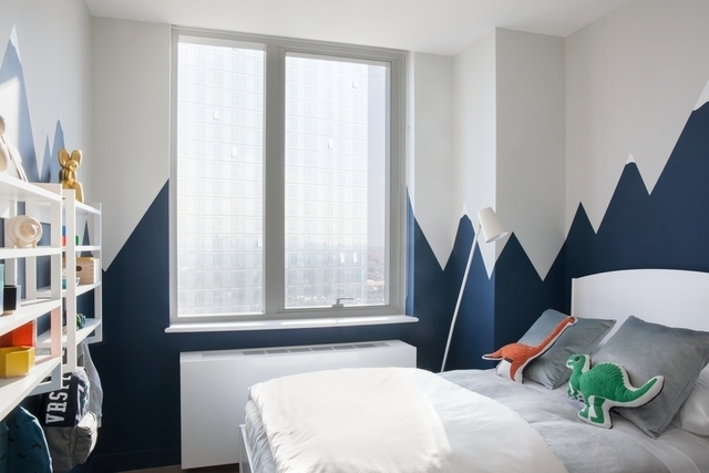 3 Bedrooms, Long Island City Rental in NYC for $5,815 - Photo 1