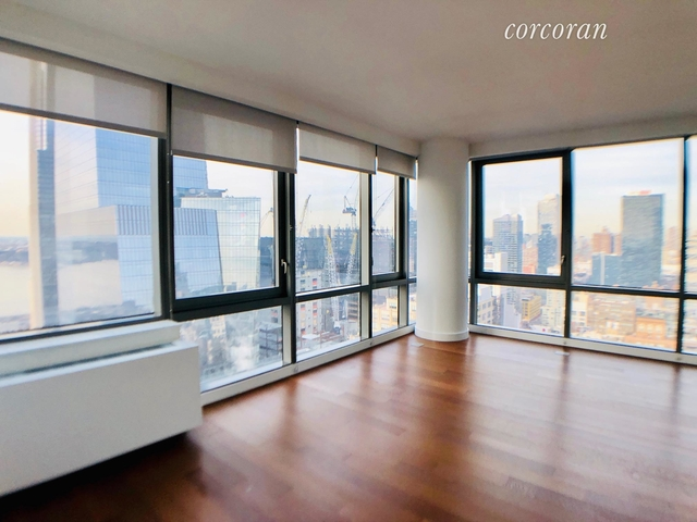 2 Bedrooms, Chelsea Rental in NYC for $5,775 - Photo 1