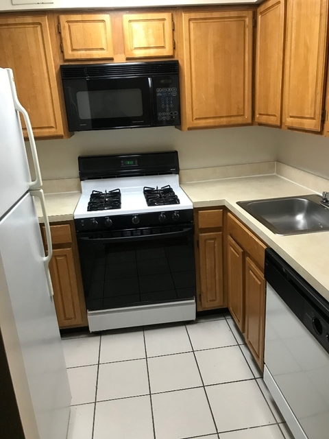 Studio, Downtown Flushing Rental in NYC for $1,675 - Photo 2