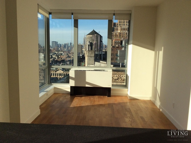 2 Bedrooms, Tribeca Rental in NYC for $5,500 - Photo 2