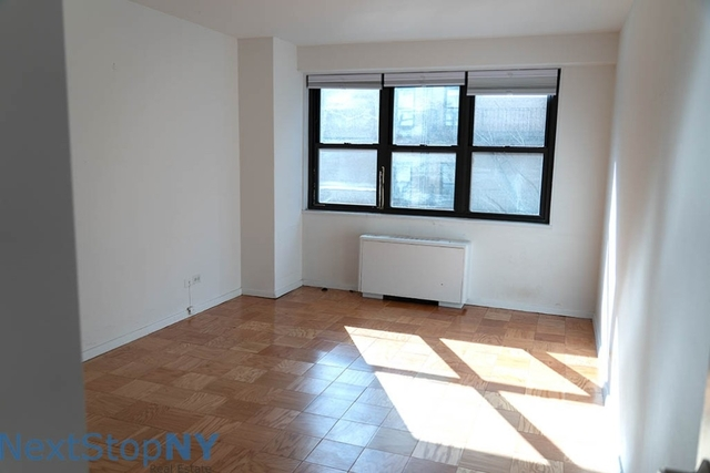 1 Bedroom, Gramercy Park Rental in NYC for $4,799 - Photo 2