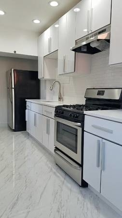 2 Bedrooms, Bedford-Stuyvesant Rental in NYC for $2,800 - Photo 2