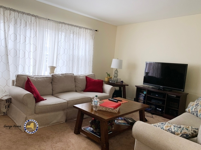 3 Bedrooms, Murray Hill, Queens Rental in NYC for $2,400 - Photo 1