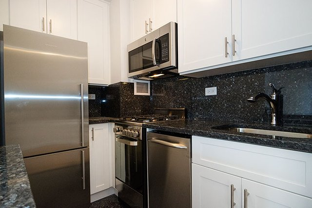 Studio, Gramercy Park Rental in NYC for $2,757 - Photo 2