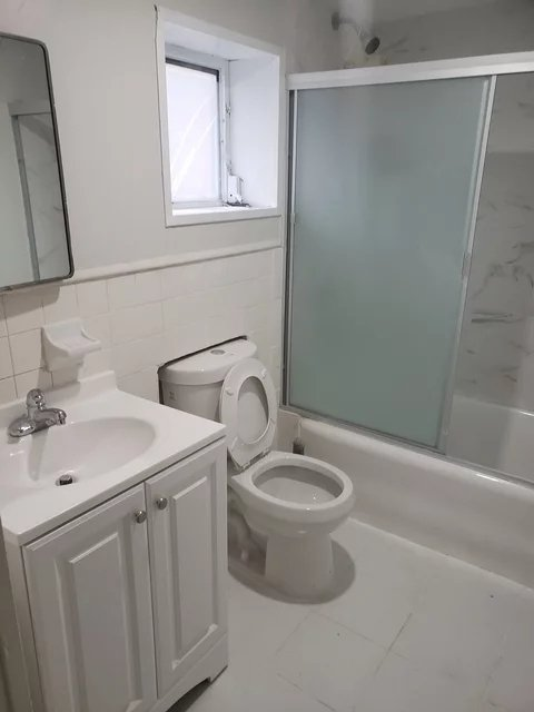 2 Bedrooms, Laconia Rental in NYC for $1,800 - Photo 1