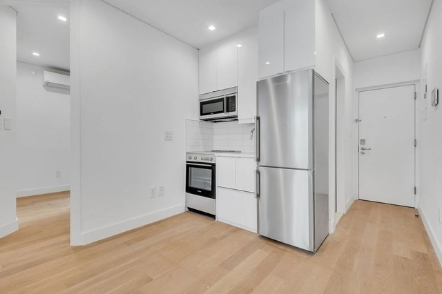 2 Bedrooms, SoHo Rental in NYC for $4,246 - Photo 1