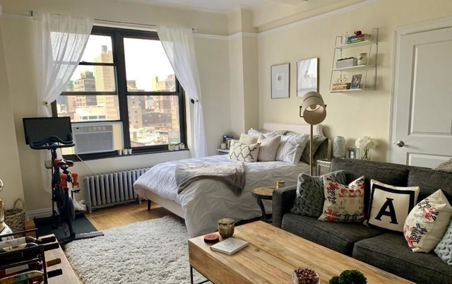 Studio, East Village Rental in NYC for $3,000 - Photo 1