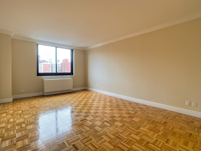 1 Bedroom, Upper East Side Rental in NYC for $3,135 - Photo 2