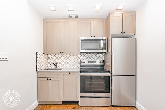 3 Bedrooms, Ridgewood Rental in NYC for $3,499 - Photo 2