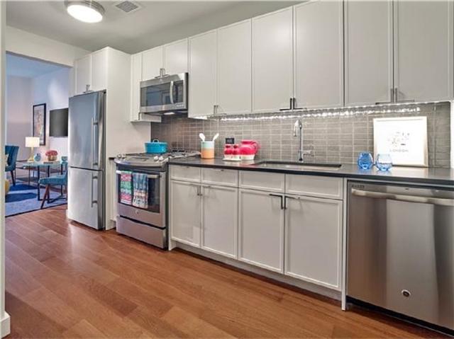 Studio, Chelsea Rental in NYC for $3,245 - Photo 2