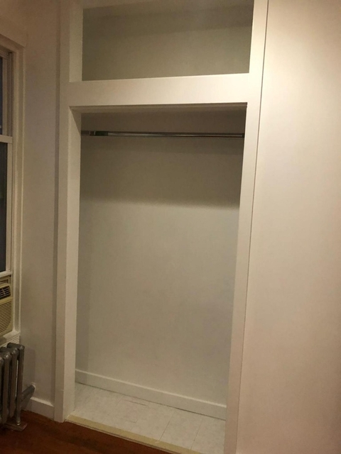 1 Bedroom, Greenwood Heights Rental in NYC for $1,600 - Photo 2