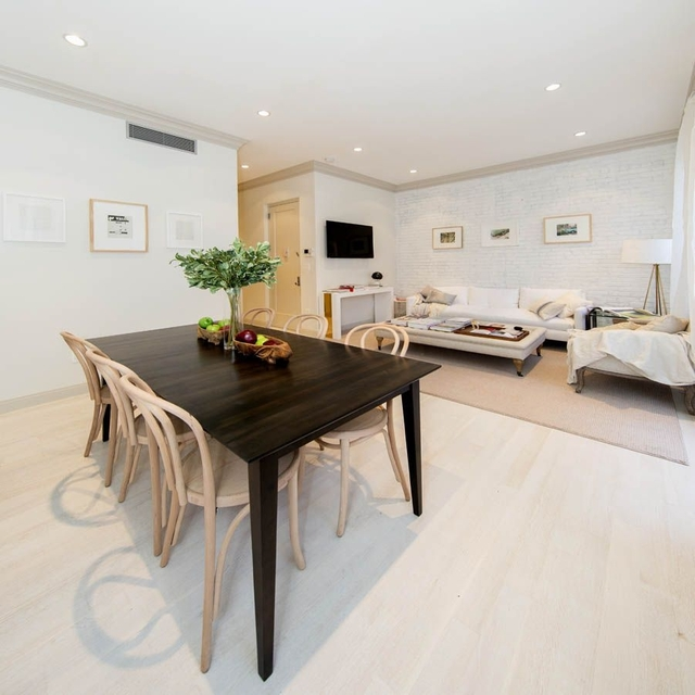 2 Bedrooms, Lenox Hill Rental in NYC for $6,250 - Photo 2