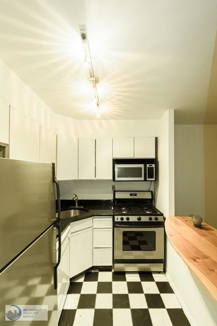 3 Bedrooms, Chelsea Rental in NYC for $5,450 - Photo 2