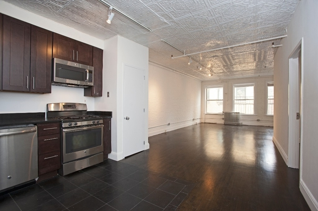 1 Bedroom, Financial District Rental in NYC for $5,995 - Photo 2