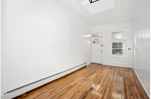 2 Bedrooms, West Village Rental in NYC for $6,050 - Photo 1