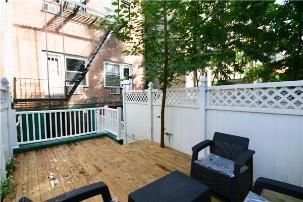 2 Bedrooms, East Village Rental in NYC for $2,625 - Photo 1