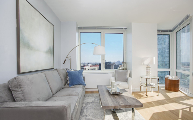 2 Bedrooms, Long Island City Rental in NYC for $4,982 - Photo 1